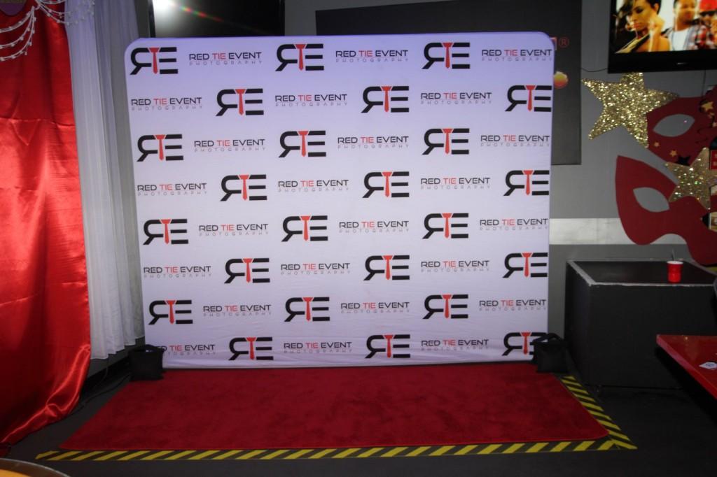 redcarpets.com-steprepeat-backdrop-red-tie-event-photography-manhattan-6