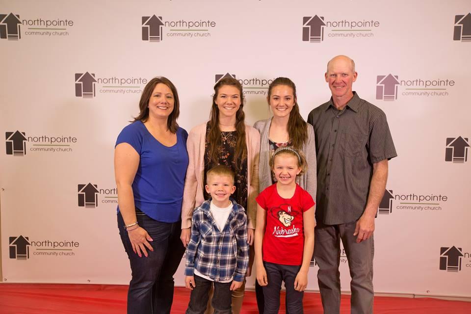 redcarpets.com-north-pointe-community-church-easter-2018-2