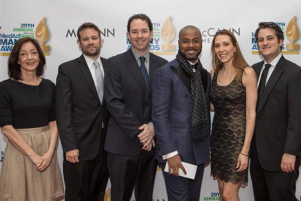 redcarpets.com-step-repeat-backdrop-2018-Manny-Awards-Med-Ad-News-Pier-60-14